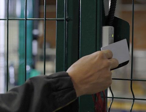 Sale Macchine Tramite l'impronta digitale, solo le personeautorizzate potranno accedere senza il rischio che entri chi non preventivamente abilitato